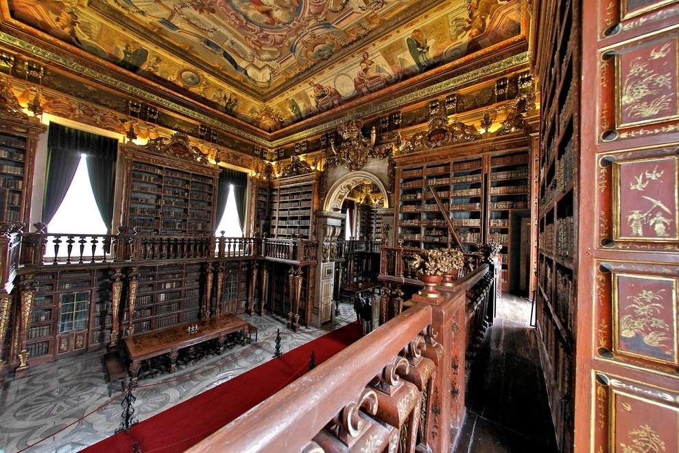 The University of Coimbra General Library